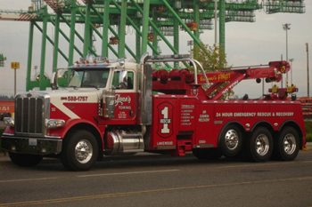 Commercial Tow Truck Lakewood